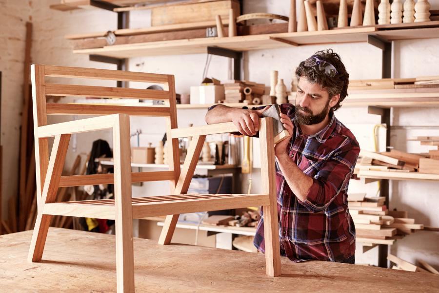 Investor für Möbeltischerlei / Möbelhersteller gesucht