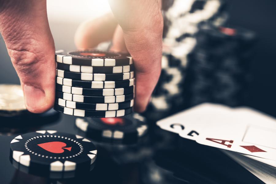 Zur Steuerpflicht von Online-Pokergewinnen